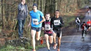 Christoph Lohse (links) konnte sich in 1:00:14h durchsetzen. Fotos: Aachener Nachrichten