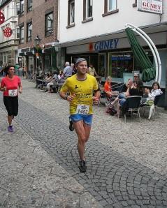 Manuel Kölker beim Kempener Altstadtlauf. Foto: KH Schriedels