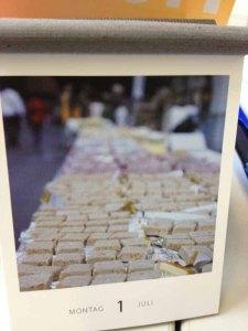 Evas Foto vom Jungfrau-Marathon schmückt das heutige Kalenderblatt des Brooks-Kalender.