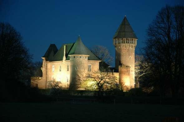 Burg Linn außen Nacht