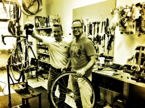 Tim Weyers gab mir wichtige Tipps beim Rad- und Schlauchwechsel.