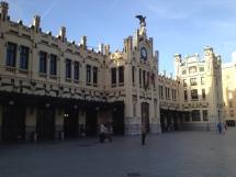 Der Bahnhof Valencia-Nord.