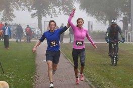 sther Jacobitz (SC Bayer 05 Uerdingen) und Niklas Greeven (LC Rapid Dortmund) haben beim Seidenraupen-Cross den 6km-Lauf in der Zeit von 25:29min gemeinsam gewonnen.