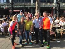 Viele Krefelder in Rotterdam: Tanja, Nicole, Magnus, Willi und Adam (vorne von links), Manu, Eva und Lou (hinten von links).