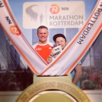 Adam und Manu auf der Marathon-Messe.